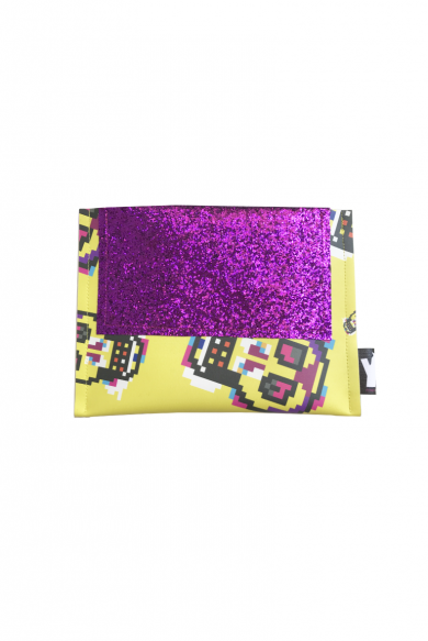 PINK BANANA | cool clutch bag