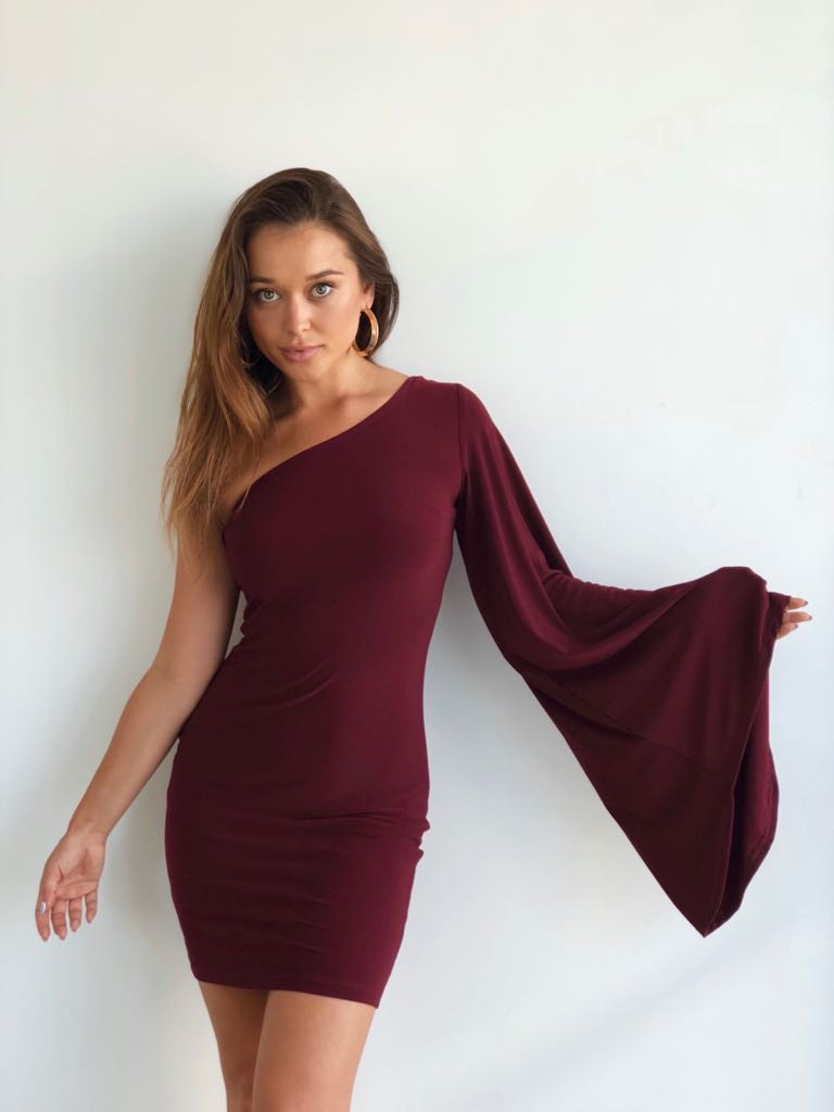 Jessica Dress in Burgundy